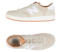 CT300 WOMENS COURT Low Sneakers