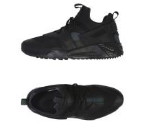 AIR HUARACHE UTILITY PREMIUM Low Sneakers