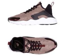 AIR HUARACHE RUN ULTRA SE Low Sneakers