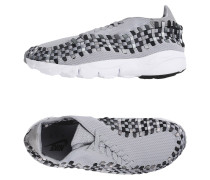 AIR FOOTSCAPE WOVEN Low Sneakers