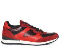Sneaker rot schimmernd