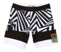 "Pump X 18"" Boardshorts black white"