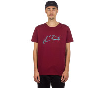 Mountain Script T-Shirt burgundy