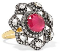 Ring aus 18 Karat  mit Diamanten und Rubin