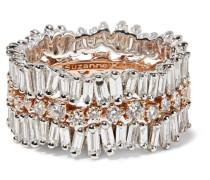 Ring aus 18 Karat Weißgold und  mit Diamanten