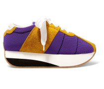 Plateau-sneakers aus Mesh und Veloursleder