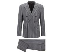Zweireihiger Anzug