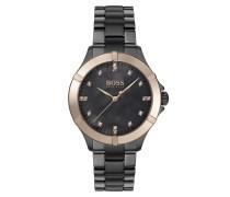 Grau beschichtete Uhr