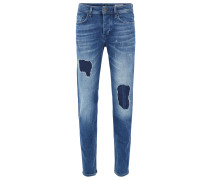 Tapered-Fit Jeans aus Stretch-Denim im Destroyed-Look
