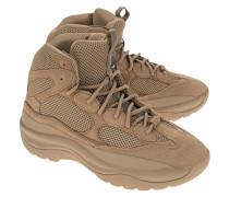 Geschnürte Boots