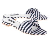 Gestreifte Sandalen mit Schleife