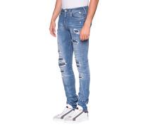 Schmale Jeans mit unterlegten Löchern