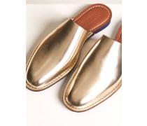 Mules in Metallic Optik silver gold