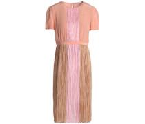Color-block plissé silk crepe de chine dress