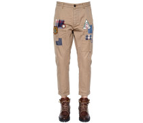 17CM CHINOHOSE AUS TWILL MIT PATCHES