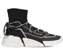 HOHE SNEAKERS AUS STRICK