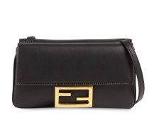 FLAT BAGUETTE LEATHER SHOULDER BAG