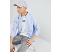 Hellblaues Popeline-Hemd mit Elchlogo und Button-Down-Kragen