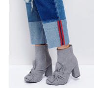 Ankle-Boots mit verknoteter Schleife