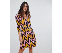 Kleid mit Reißverschluss und Chevron-Design