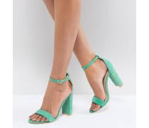 filigrane Sandalen mit Blockabsatz