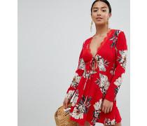 Kleid mit Schnürung und Blumenmuster