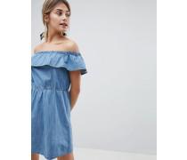 Bardot-Jeanskleid mit Rüschen