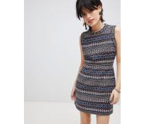 Iliana - Gemustertes Kleid mit verziertem Ausschnitt
