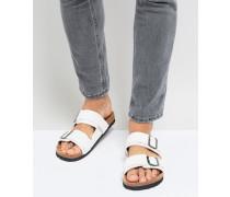 Sandalen mit zwei Riemen