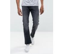 Gerade geschnittene Jeans aus Bio-Denim in verwaschenem Schwarz