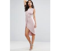 Figurbetontes Kleid mit verzierter Taille