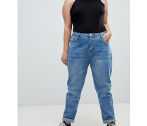Mom-Jeans mit hoher Taille