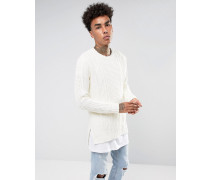 Pullover in gebrochenem Weiß mit Zopfmuster