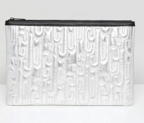 Juicy By Clutch mit geprägtem Metalllogo