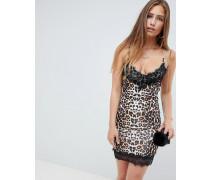 Camisole-Kleid mit Spitzenverzierung und Leopardenprint