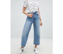 Jeans mit weitem Beinschnitt