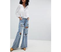 FESTIVAL - Johnnies - Jeans mit niedriger Taille weitem Bein und Rissen