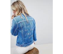 Kragenlose Jeansjacke mit ungesäumten Ärmeln und Stickerei