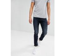 Schmale Jeans mit Abnutzungen