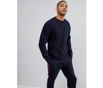 Pullover mit verschiedenen Texturen