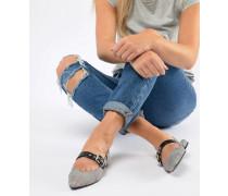 karierter Schuh mit Fersenriemchen