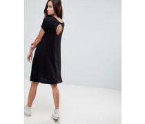 Swing-Kleid mit Schlüssellochausschnitt hinten