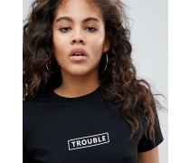 """ASOS DESIGN Tall - T-Shirt mit ""Trouble""-Slogan"""