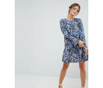 Closet - Geblümtes Kleid mit Schößchen