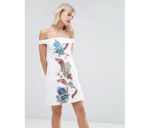 Kleid aus Baumwolle mit Stickerei