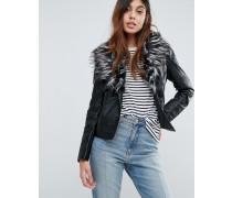 Betina - Jacke in Lederoptik aus Kunstfell