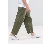Melvin - Weite Jeans mit kurzem Schnitt in Utility-Grün