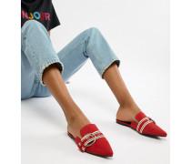 Flache spitze Pantolette mit Metallic-Schnalle