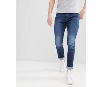 Enge Jeans in dunkelblauer Waschung