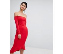 Bardot-Kleid mit Schwalbenschwanz-Saum